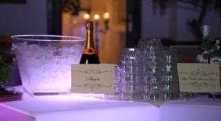open bar villa feanda
