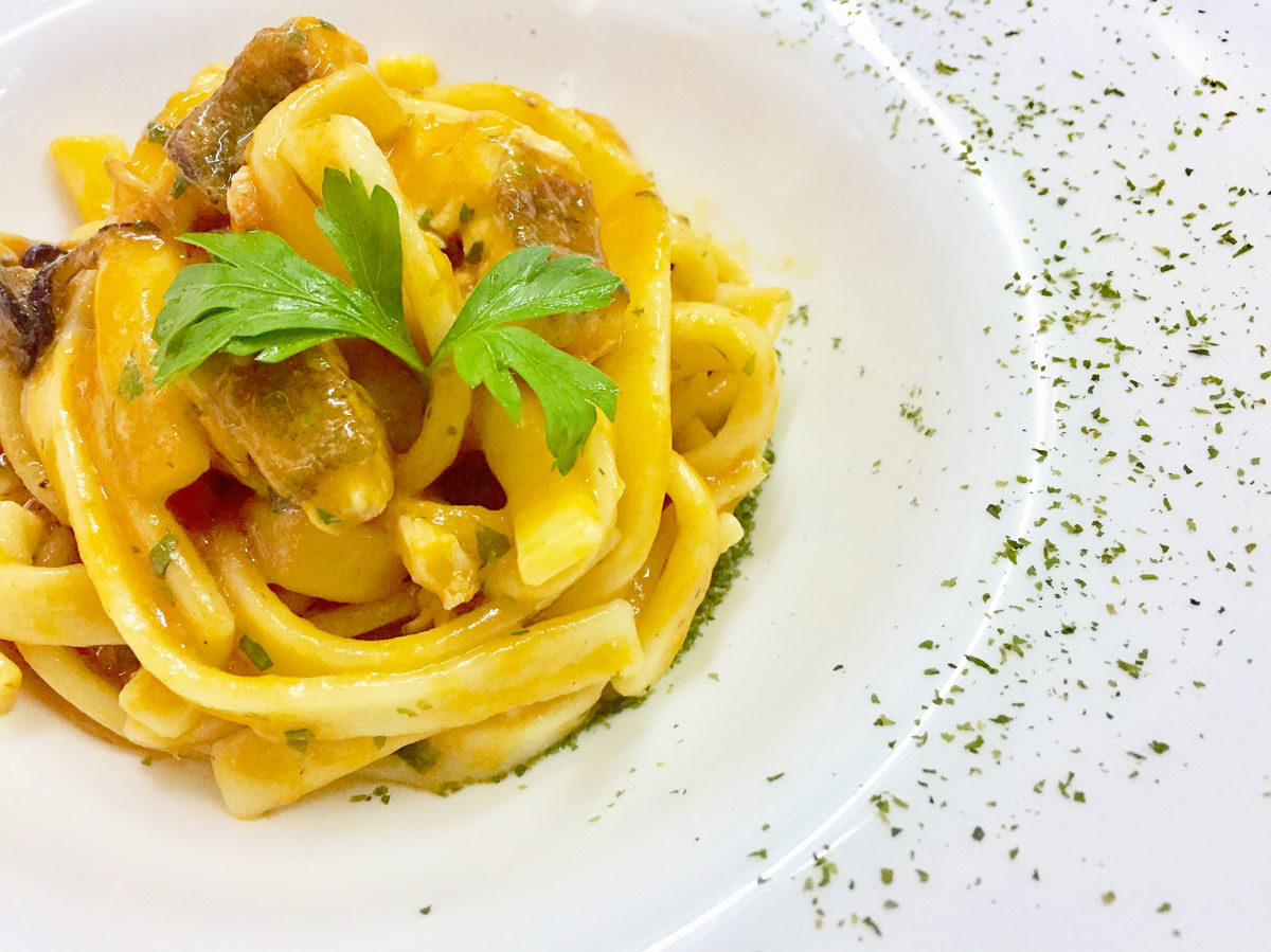 cucina-villa-feanda-chef-4-1-1200x899.jpg